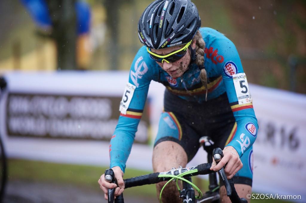 Femke Van den Driessche przejdzie do historii kolarstwa jako pierwsza zawodniczka, w której rowerze wykryto mechaniczny doping.